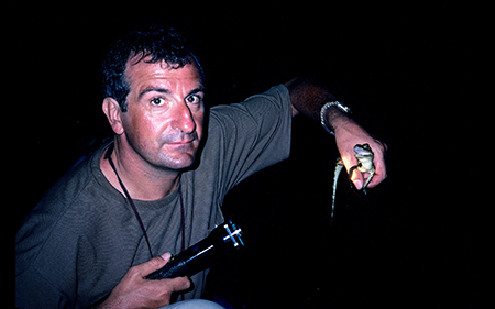 Douglas Adams finds a baby croc from Last Chance to See